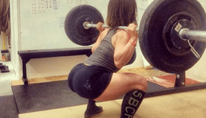 girls_squatting