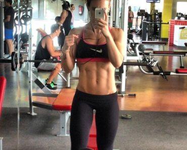 fitness girl selfie 2