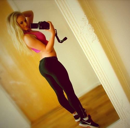 hot gym girls (17)