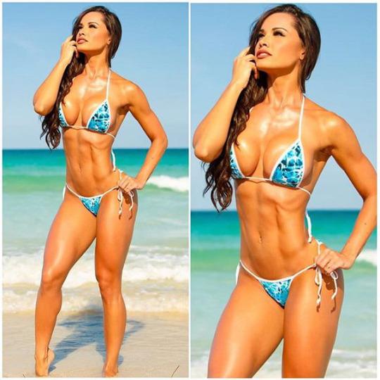 Fernanda Davila (23)