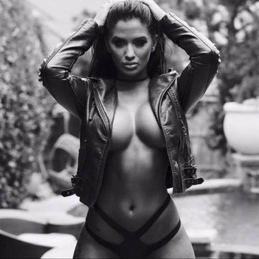 Kaitlyn Mason (25)