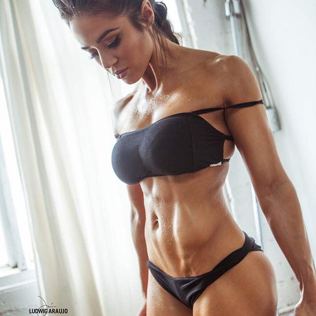 Brittany Coutu (4)