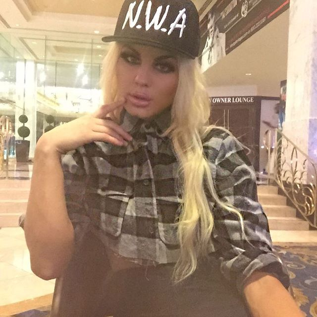 Alexandria Halbauer (40)