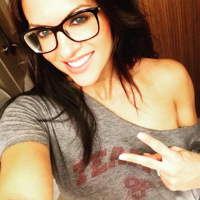 Amanda Latona (7)
