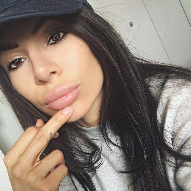 Bianca Gabriela (15)