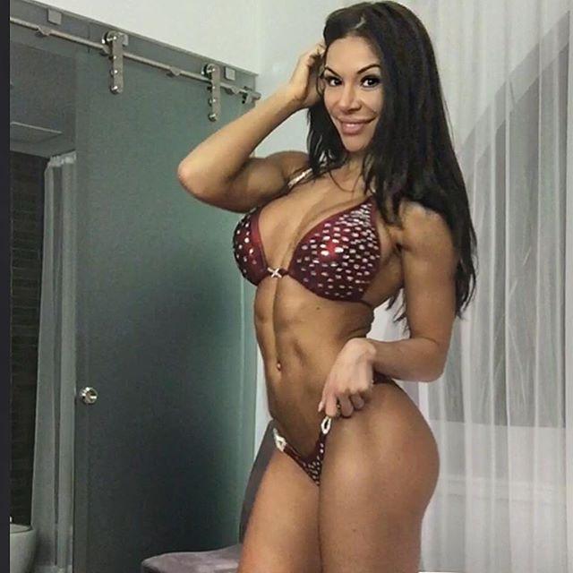 Bianca Gabriela (16)