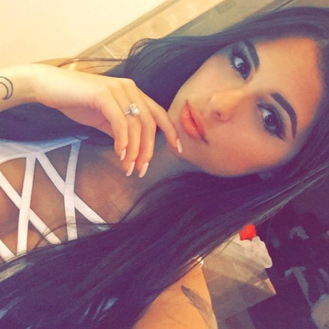 Daniella Lanio (26)