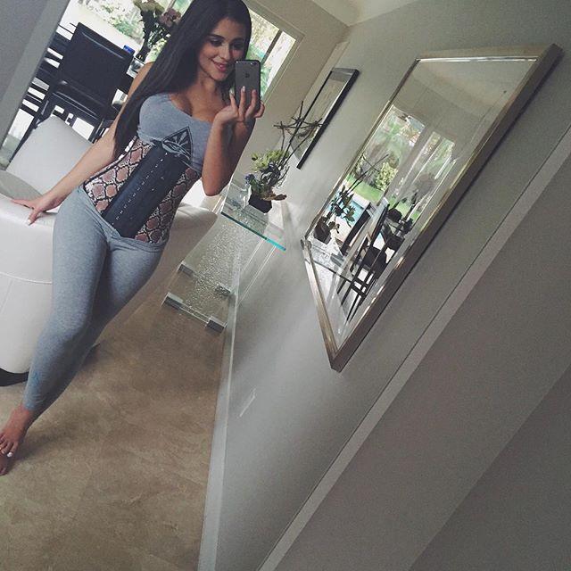 Daniella Lanio (32)