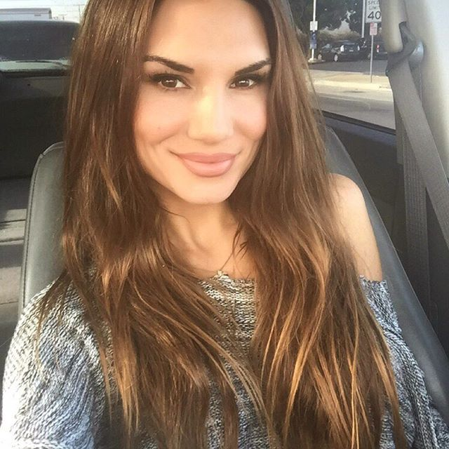 Lauren Abraham (42)