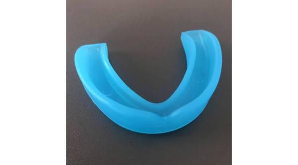 szines fogvédő kék fitnessmarket