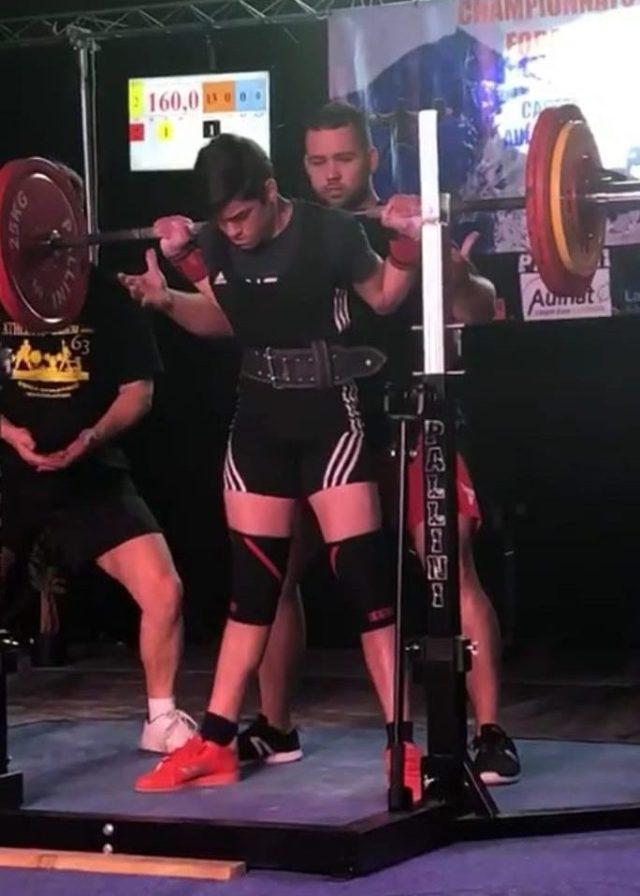 Malik-Triolet-squat-championnats-France-force-athlétique-2019