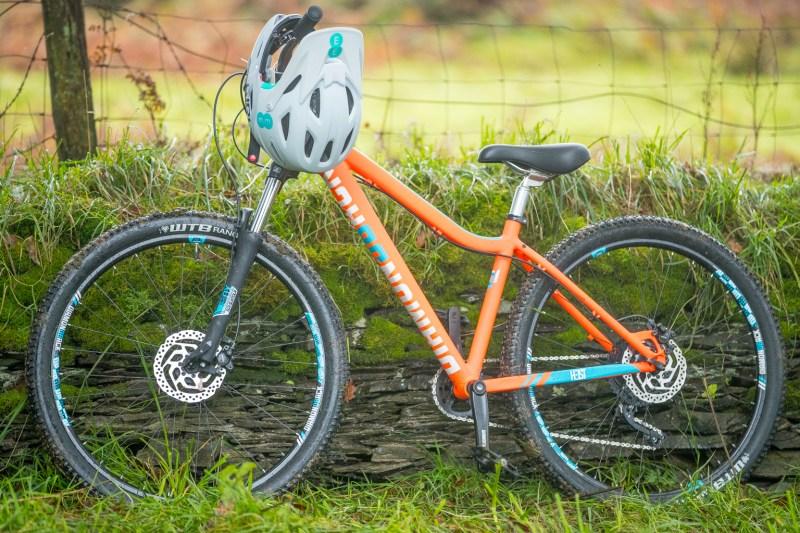 Faya - Fitness On Toast - Wales EE 4G Balloon Signal Bike Rural Apple Watch Adventure Cyclicing Downhill Mountain Bike Biking Workout Event-22