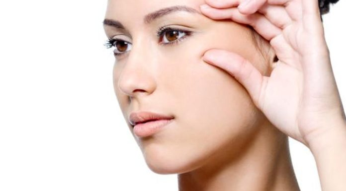 how to remove wrinkles naturally at home