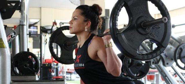 female, gym training, bodybuilding