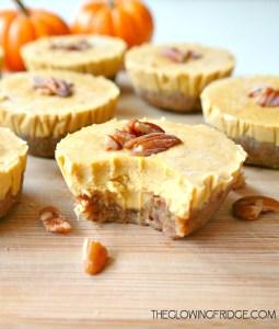mini vegan pumpkin pie cheesecakes fall recipes