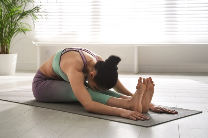 stretching to reduce muscle soreness