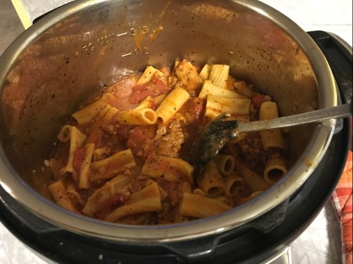 rigatoni with meat sauce in the instant pot