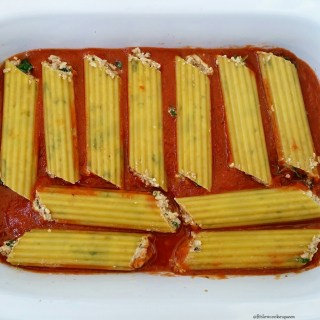 Slow Cooker Stuffed Manicotti