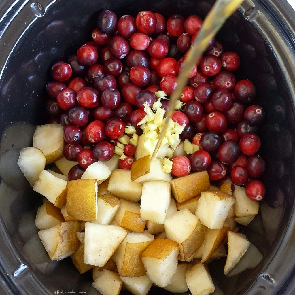 Slow Cooker Cranberry Sauce wPears & Ginger