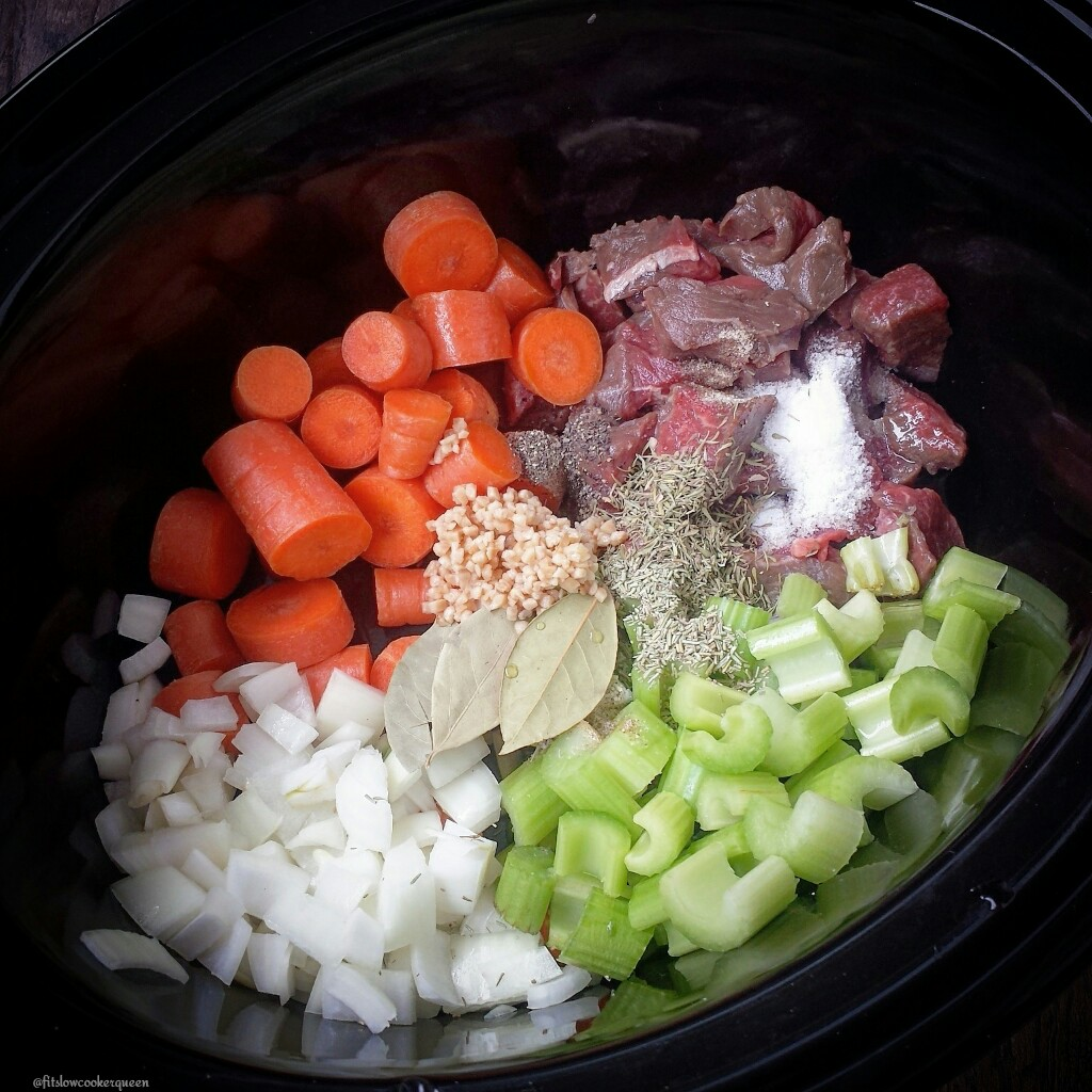 slow cooker beef noodle soup