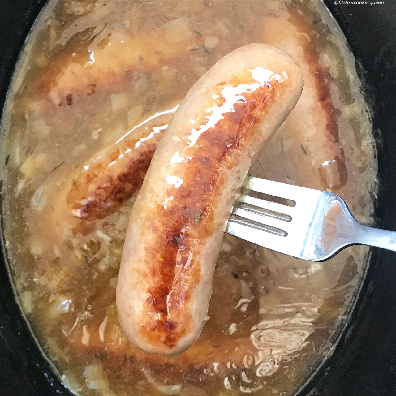 Bangers and mash also known as sausages and mashed potatoes is traditionally a hearty and comforting dish. This cleaned up version uses a simple, homemade gravy and mashed cauliflower to make it lower carb, paleo, and whole30 compliant.