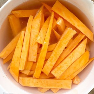 Air fryer, homemade french fries are not only healthy but easy to make. Use this paleo and whole30 recipe for homemade, oil-free french fries or sweet potato fries.