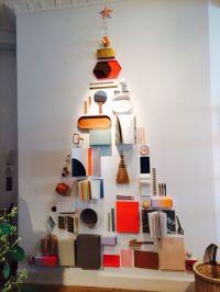 25 Creative Christmas Display Ideas & Examples