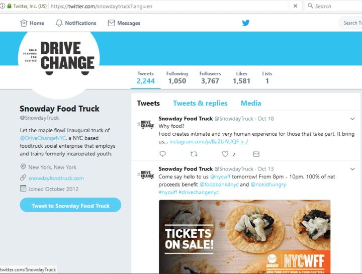 Usa las redes sociales para comercializar tu camión de comida.