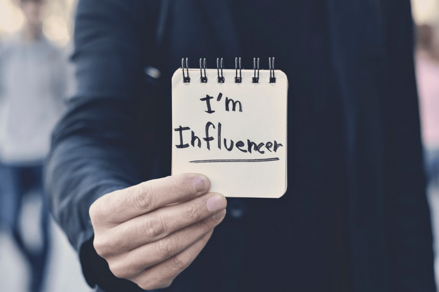 Top 25 Influencer Marketing Tips From The Pros
