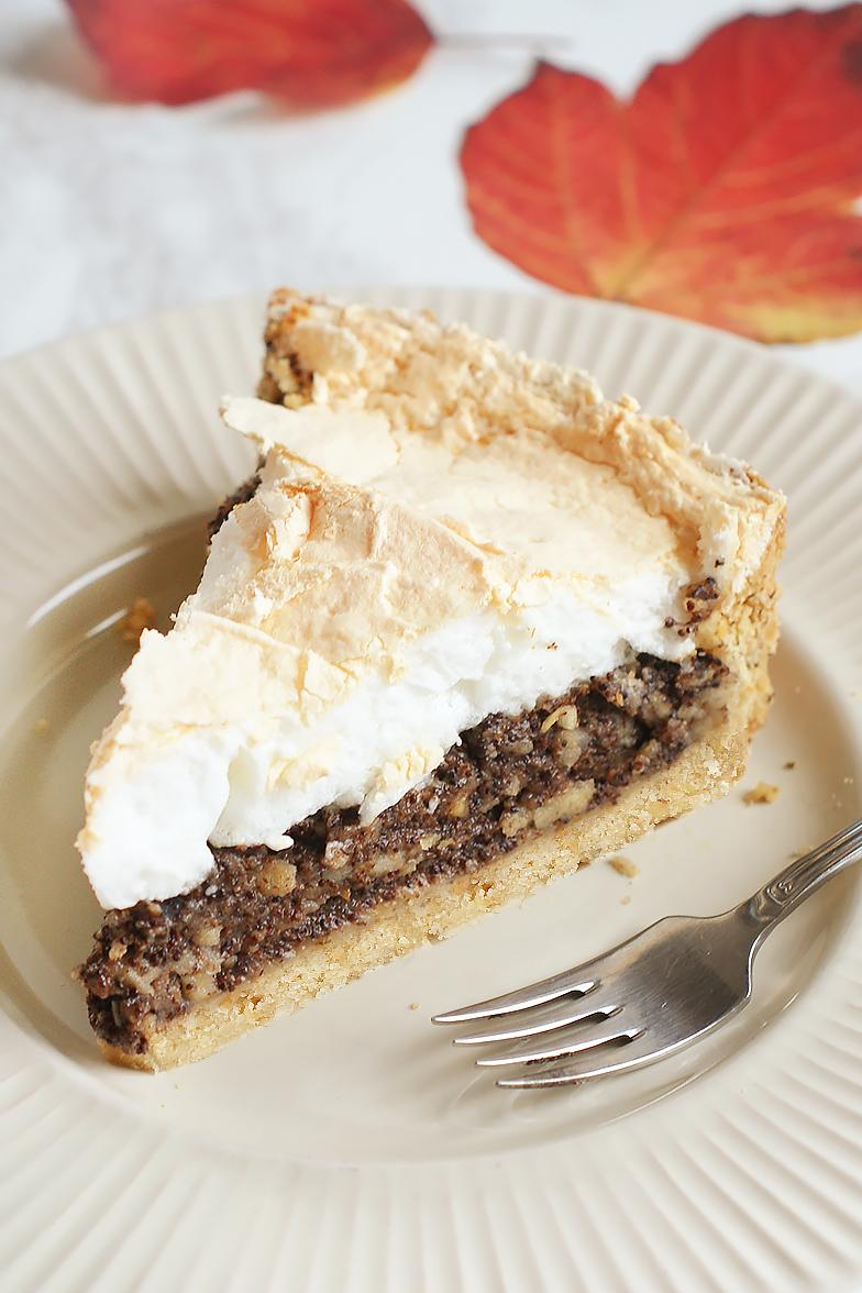 Tarta makowo-jabłkowa z bezą. 10 rad jak zrobić idealny kruchy spód do tarty.
