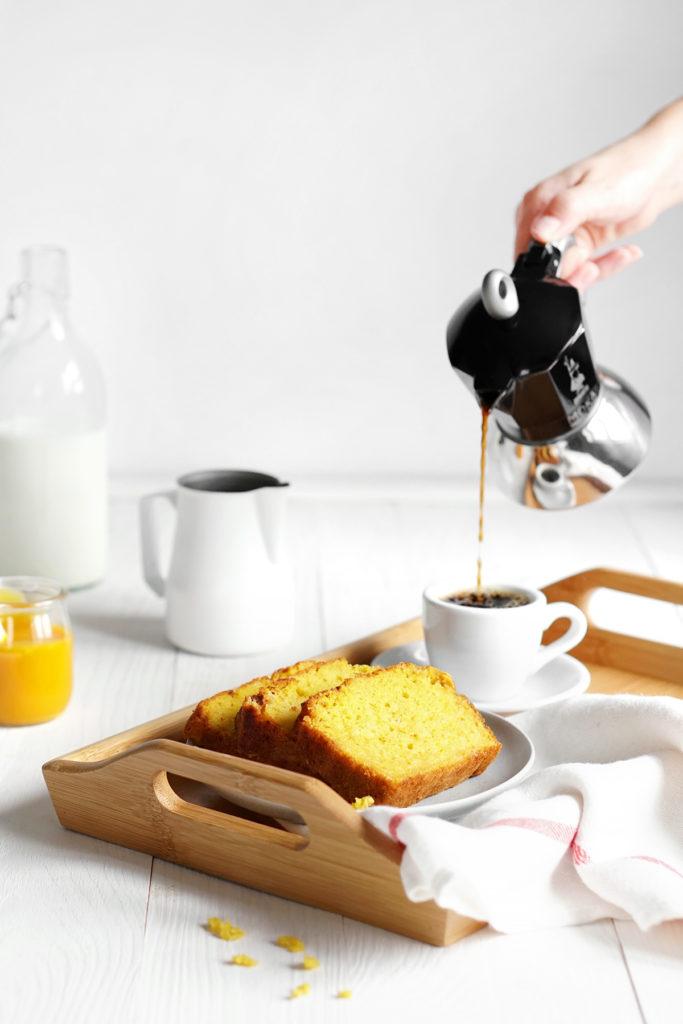 Jogurtowy chlebek z mango FIT