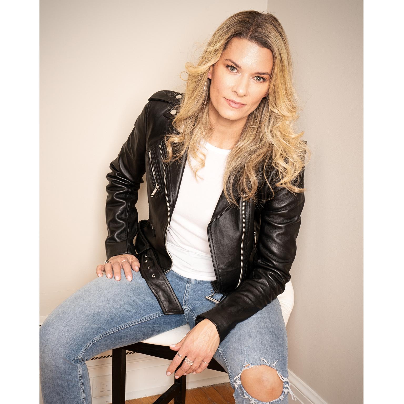 Toronto-Fitness-Model-Agency-Lifestyle-Fashion-Model-Adrienne-Davis