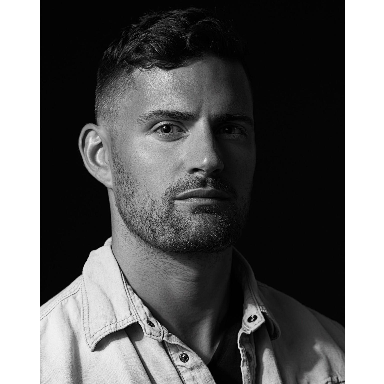 Toronto-Fitness-Model-Agency-Mood-Portrait-Justin-Baker