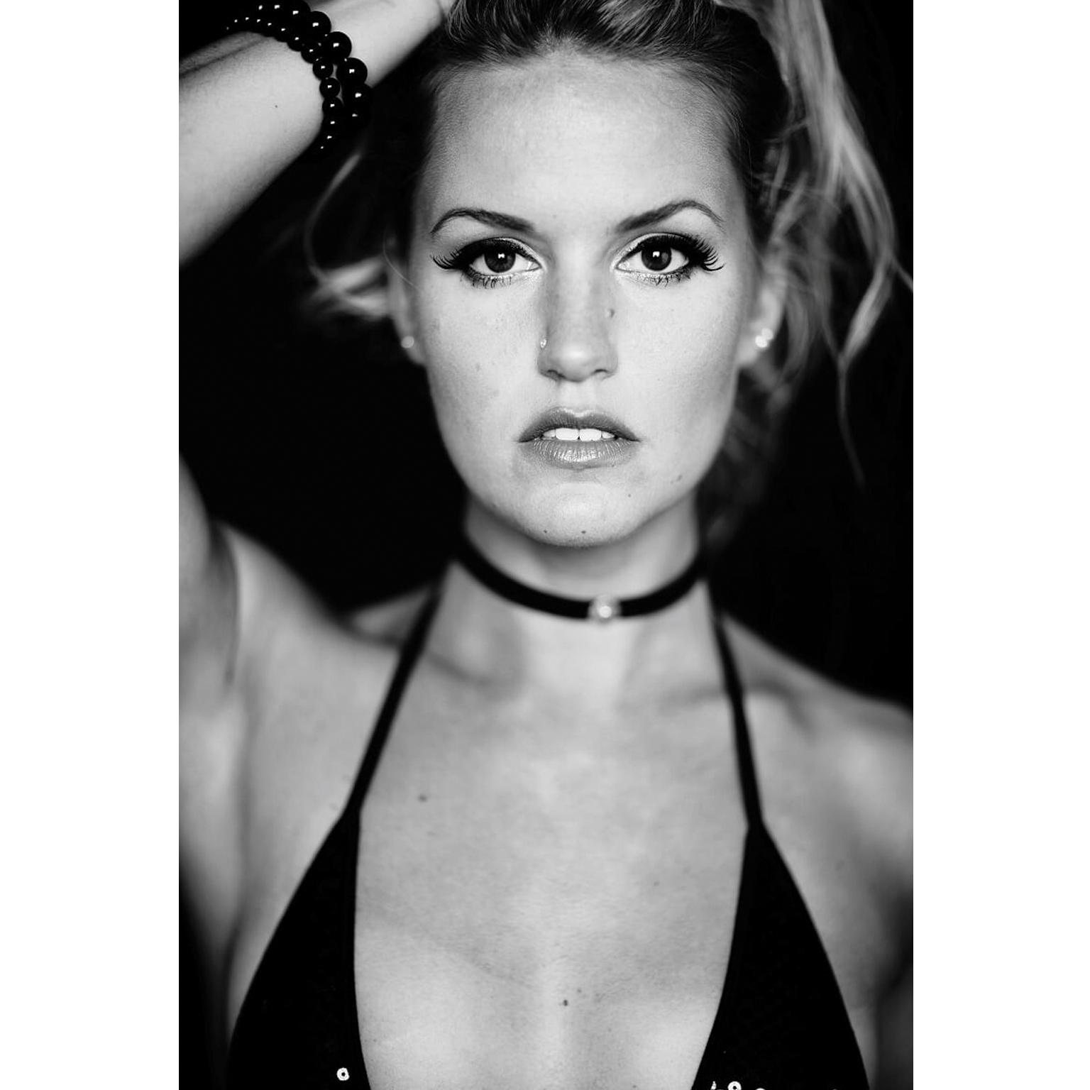 Toronto-Fitness-Model-Agency-Sexy-Christine-McCabe