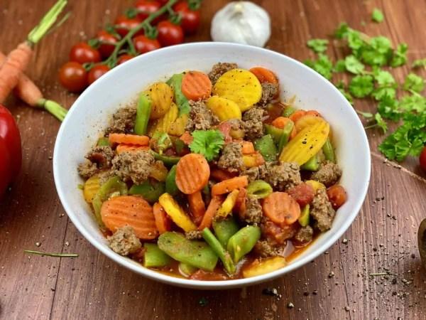 Knoblauch Gemüse-Hack Pfanne