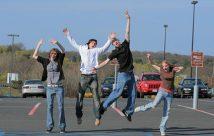 teens-jumping-425kgs080409