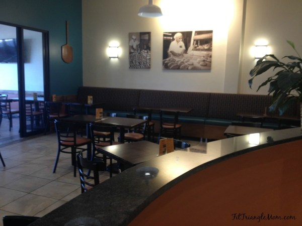 Sassool Mediterranean Cafe offers fresh and favorable food in a family atmosphere.