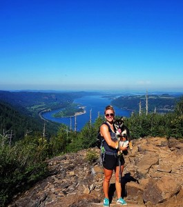 hike angels rest columbia gorge oregon