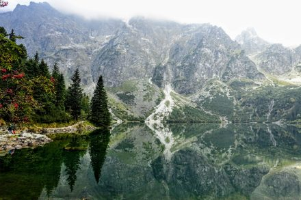 overhere.eu_hiking in Tatra mountains Poland_Morskie Oko lake