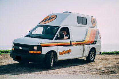 Campervan hire USA roadtrip - Travellers Autobarn