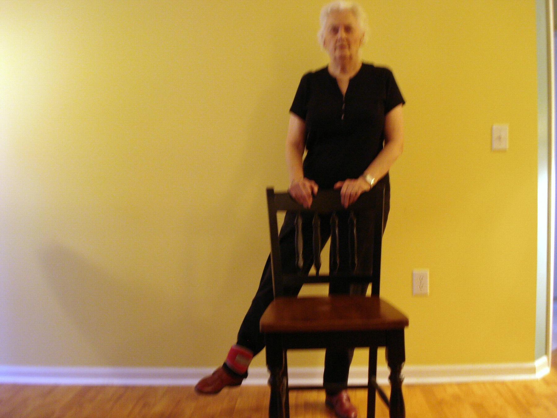 exercise-routine-for-seniors-24