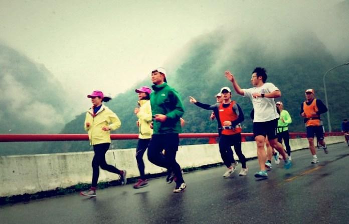 從事高山路跑 先從登山活動開始