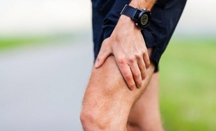 跑者每天按摩保養 雙腳才能跑的久01
