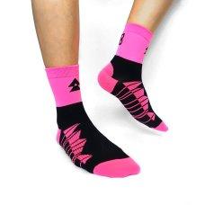 粉紅運動襪