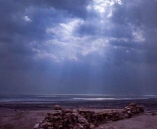 sun_on_dead_sea_at_qumran