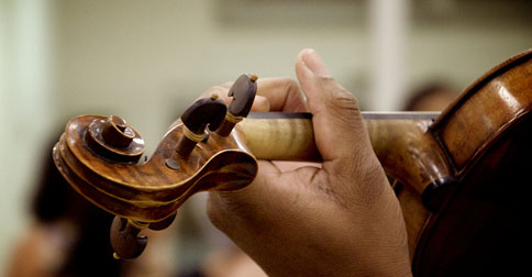 play-violin-2