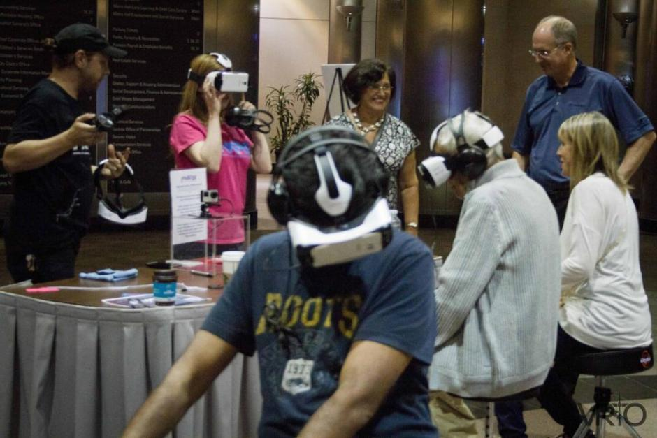 Public enjoys virtual reality at Toronto's Metro Hall Rotunda