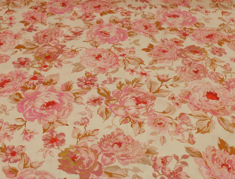 Lady McElroy <br>Bed of Roses - Pink Marlie-Care Cotton Lawn