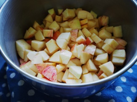 stewing apples in a pan