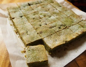 matcha-brownies-cooked-in-a-slice-tin